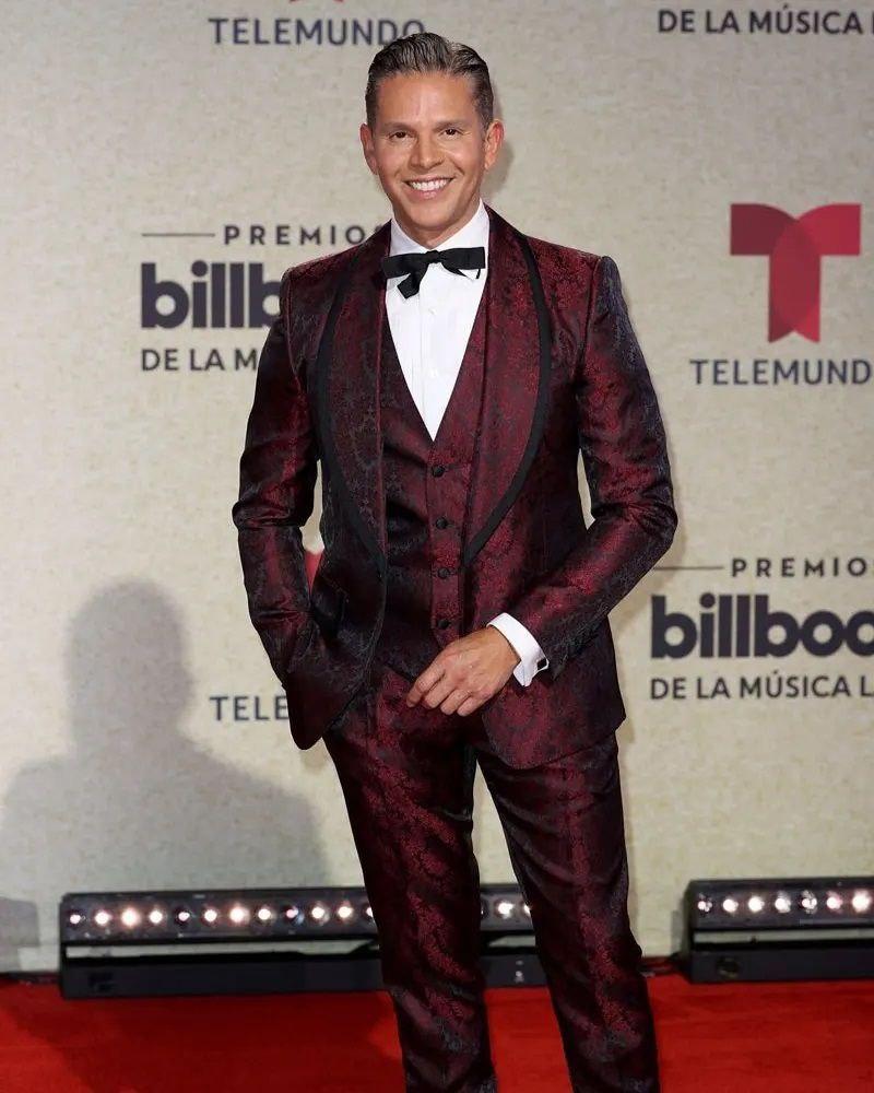 aqui los trajes de la alfombra roja de los billboard 2021 laverdaddemonagas.com photo5073725062850390376