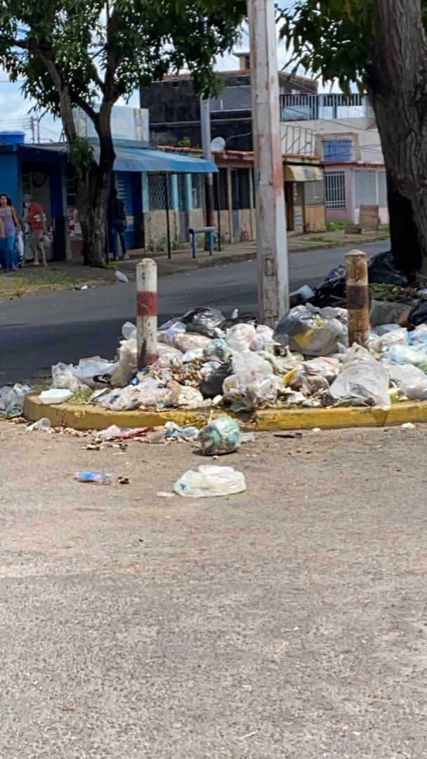 la ciudad mas limpia ya no hay mas espacios donde colocar la basura en los guaritos laverdaddemonagas.com whatsapp image 2021 09 26 at 11.23.10