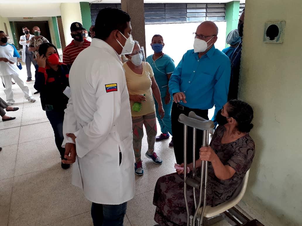 operan a 100 pacientes oftalmologicos en el humnt laverdaddemonagas.com whatsapp image 2021 09 20 at 12.37.41 pm