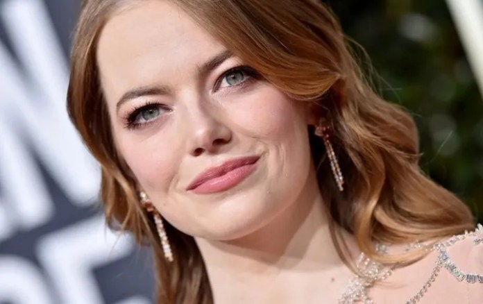 Emma Stone looks radiant in the wedding of Jennifer Lawrence have a New fashion?