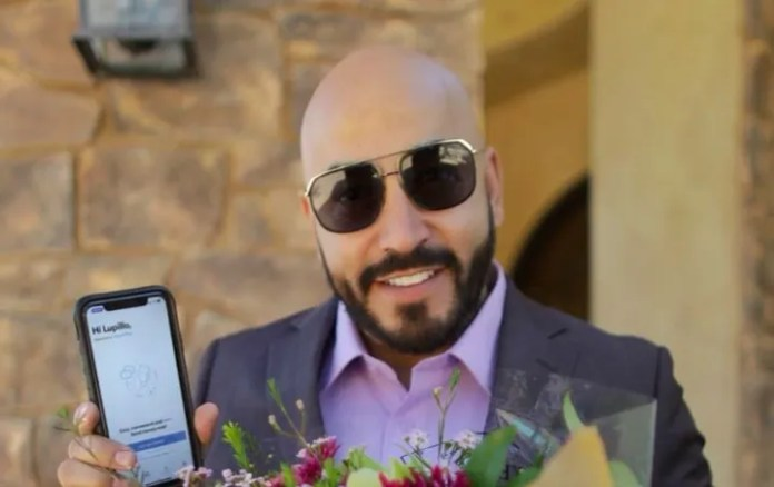 Does Lupillo Rivera accepted that he has a serious addiction?