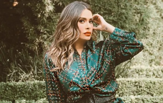 Galilea Montijo warning to fans about the coronavirus with a strange photo