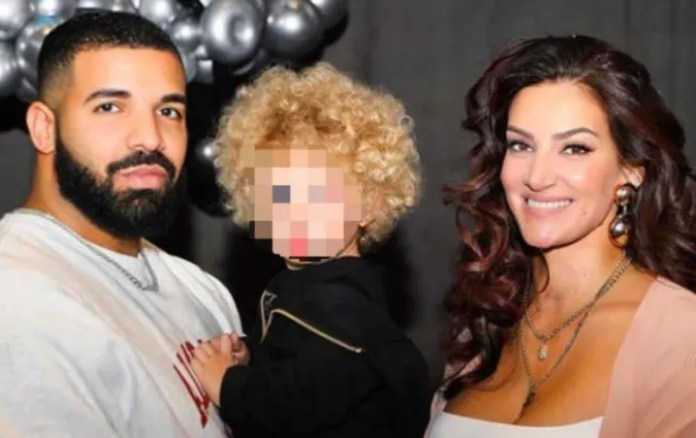 Drake shows for the first time on Instagram to her son Adonis