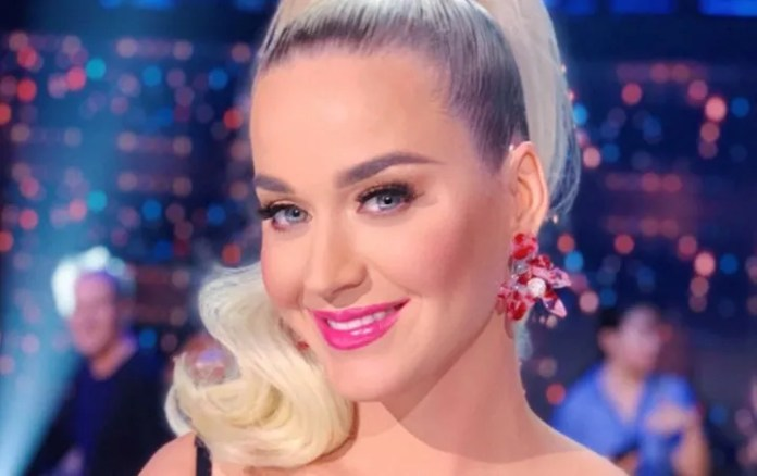 Katy Perry looks ADORABLE costume during your pregnancy, it Trembles COVID-19!
