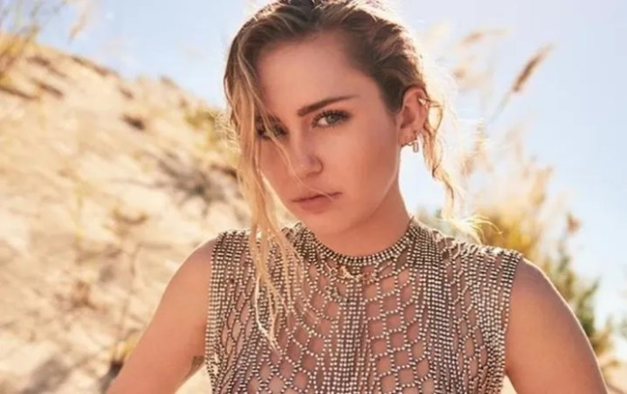 Miley Cyrus draws attention on Instagram with extravagant pictures