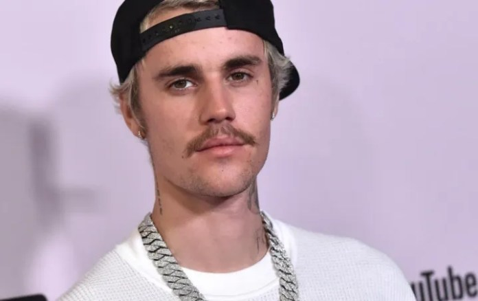 Justin Bieber says he's sorry for losing your virginity before you get married