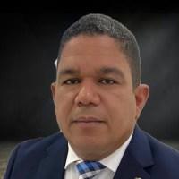 Diputado se une al dolor por fallecimiento alcalde Vicente Noble