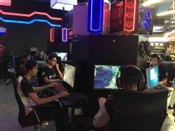 eSports-Kamp-Arena-La-vida-es-un-videojuego-13