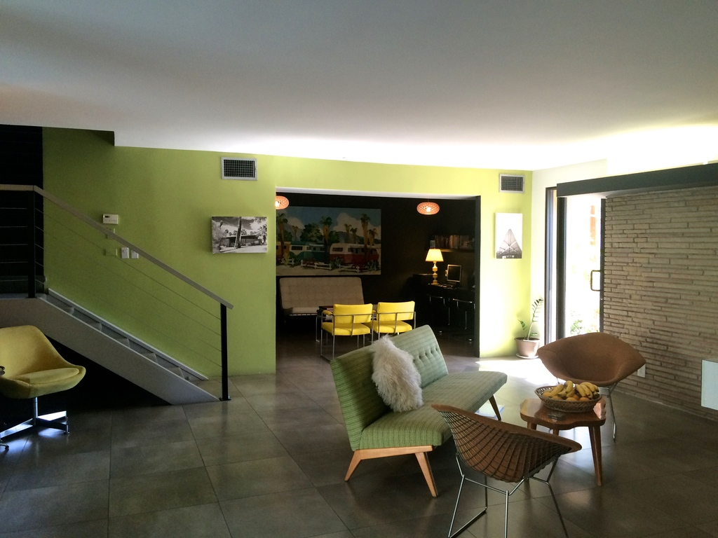The Chase Hotel à Palm Springs en Californie - lobby