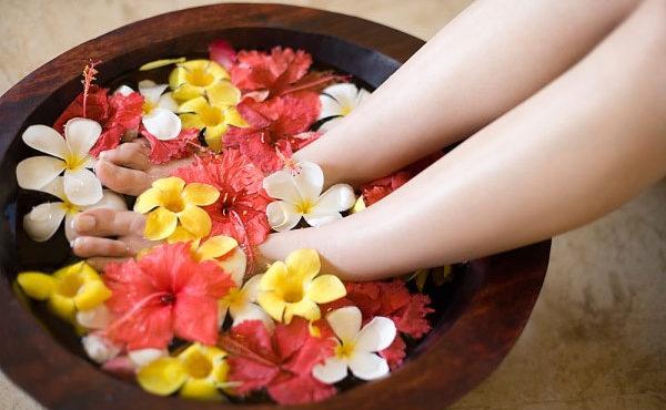 Massage Chân & Ngâm Chân Thải Độc Tố