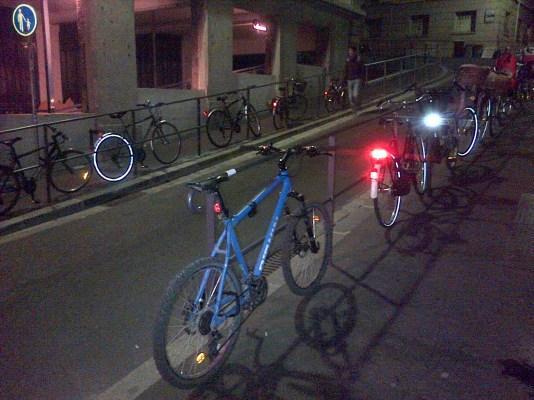 Où manque-t-il des arceaux vélo?