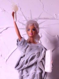 Barbie New York transformation by Lavinia Viola
