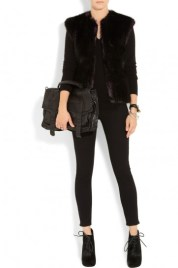 look-in-total-black-con-gilet-nero-karl-lagerfeld (1)