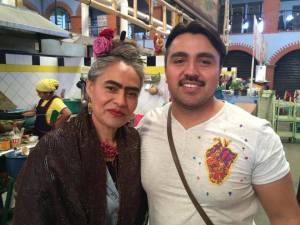 """La cocinera tradicional, la señora Beatriz Vásquez, La Frida Oaxaqueña"""",  y el chef Aldo Saavedra Foto: Manuel Rivera"""