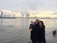 Hamburg Landungsbrücken mit Arzu