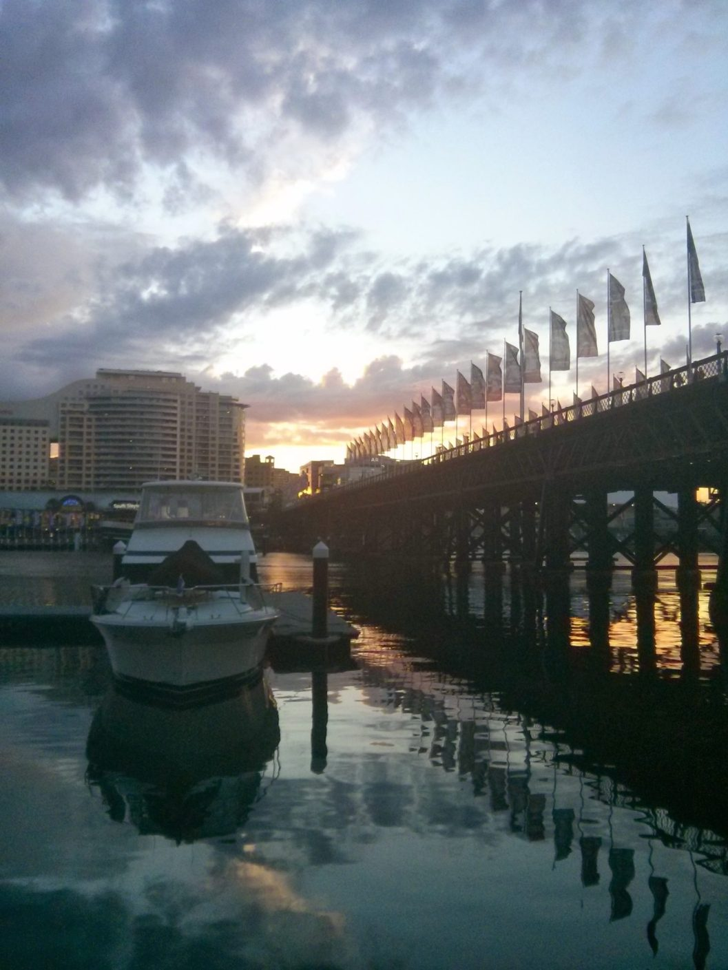 Pyrmont Bridge a Darling Harbour, Sydney.