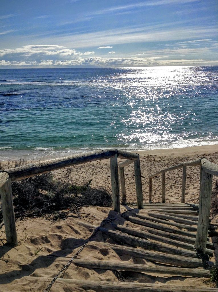 Scale e spiaggia a Rottnest Island, Western Australia.