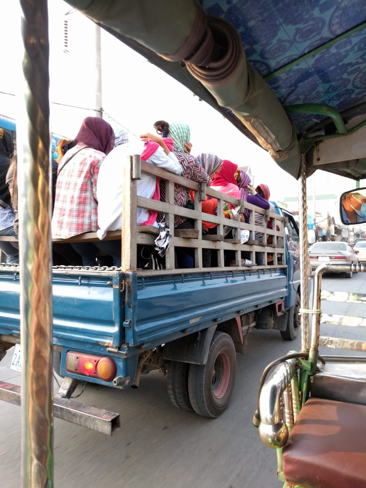 Camion/bus in Cambogia