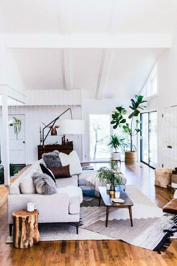 15 Best Minimalist Living Room Ideas | LAVORIST