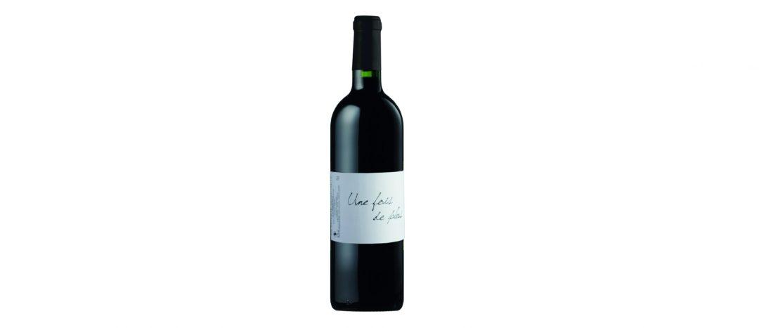 bouteille du vin blanc Une fois de plus