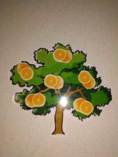 árbol con naranjas