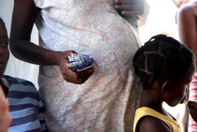 Caso parturientas de Haití preocupa a todas las regione RD. Cada parto le sale al gobierno entre siete mil a 60 mil pesos