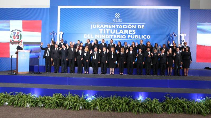 Juramentan nuevos fiscales titulares del Ministerio Público