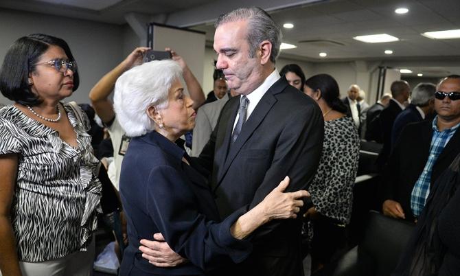 Continúan hoy los actos fúnebres de José Rafael Abinader
