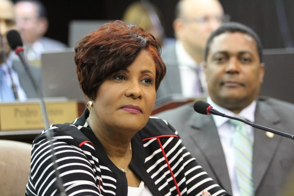Josefa Castillo: Ayuso debe demostrarle al país su independencia política
