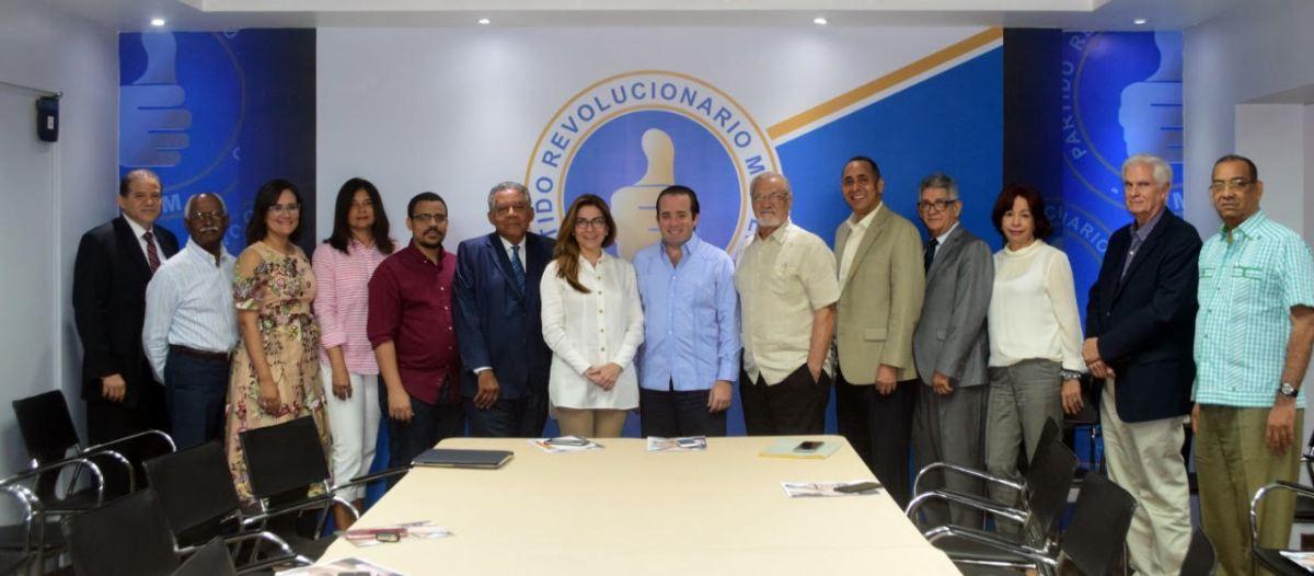 PRM recibe comitiva de Coalición Democrática