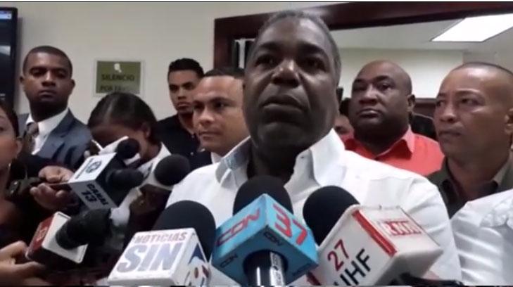 Video: Tony Peña Guaba renuncia del PRD tras 51 años de militancia