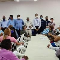 Autoridades del @PRM_Oficial en Santiago se reúnen con dirigentes para analizar y solucionar el reclamo de empleos