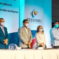 @CholitinDuluc Alcalde de Higüey afirma municipios se levantarán económicamente pese al coronavirus