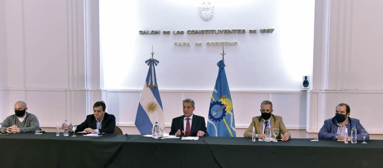 ARCIONI CONFIRMÓ QUE EL MIÉRCOLES PRÓXIMO DEPOSITARÁN LOS SUELDOS A TODOS LOS TRABAJADORES DE SALUD