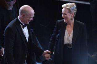 J.K. Simmons junto a Meryl Streep