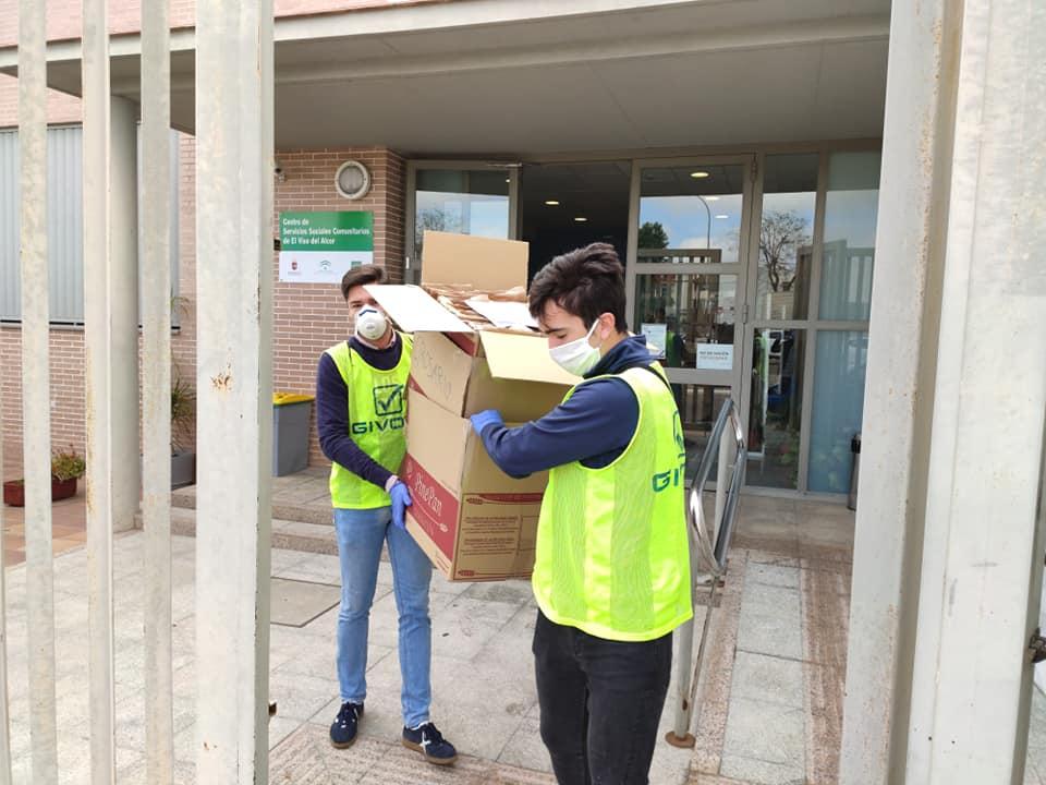 El Ayuntamiento de El Viso del Alcor comienza el reparto de 50.000 mascarillas domicilio a domicilio 1