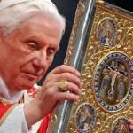"""Benedicto XVI: """"El diablo quiere destruir España"""""""