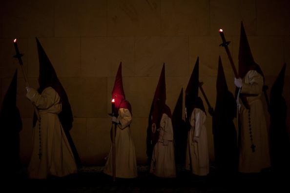 Penitents+Celebrate+Holy+Week+Zamora+Miercoles+cYmvGaabIQpl