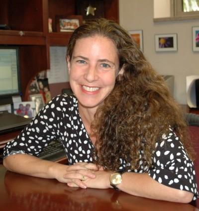 Wendy Bach