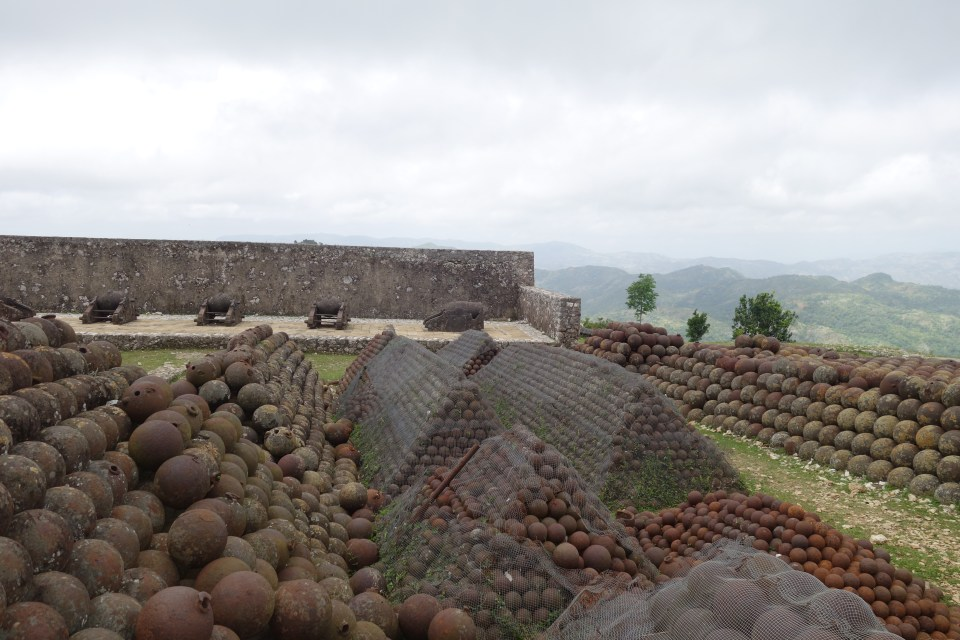 Never used cannon balls on the rear flank of the Citadelle.  © Malick W. Ghachem, 2016.