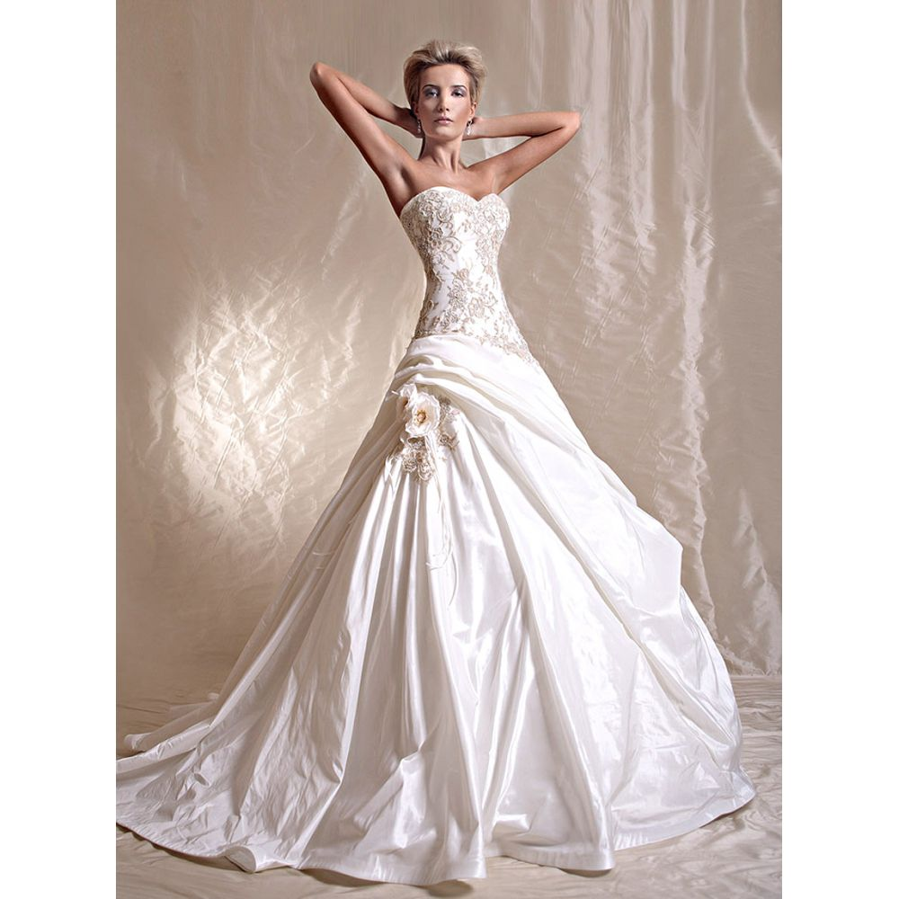 Glamour Wedding Dress Architecture World