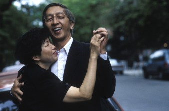 00058-melody-l-parents-dancing-in-street-5