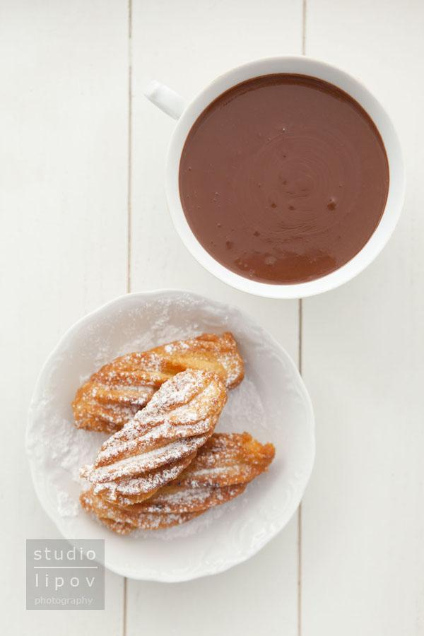 Chocolate con churros. Dziś czekolada.