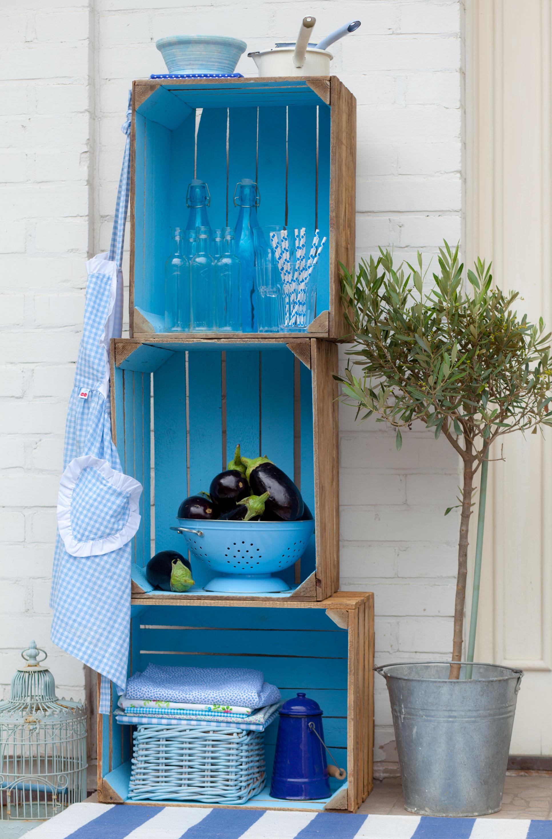 Szalone pomysły na drewniane skrzynki we wnętrzach. Odważysz się?