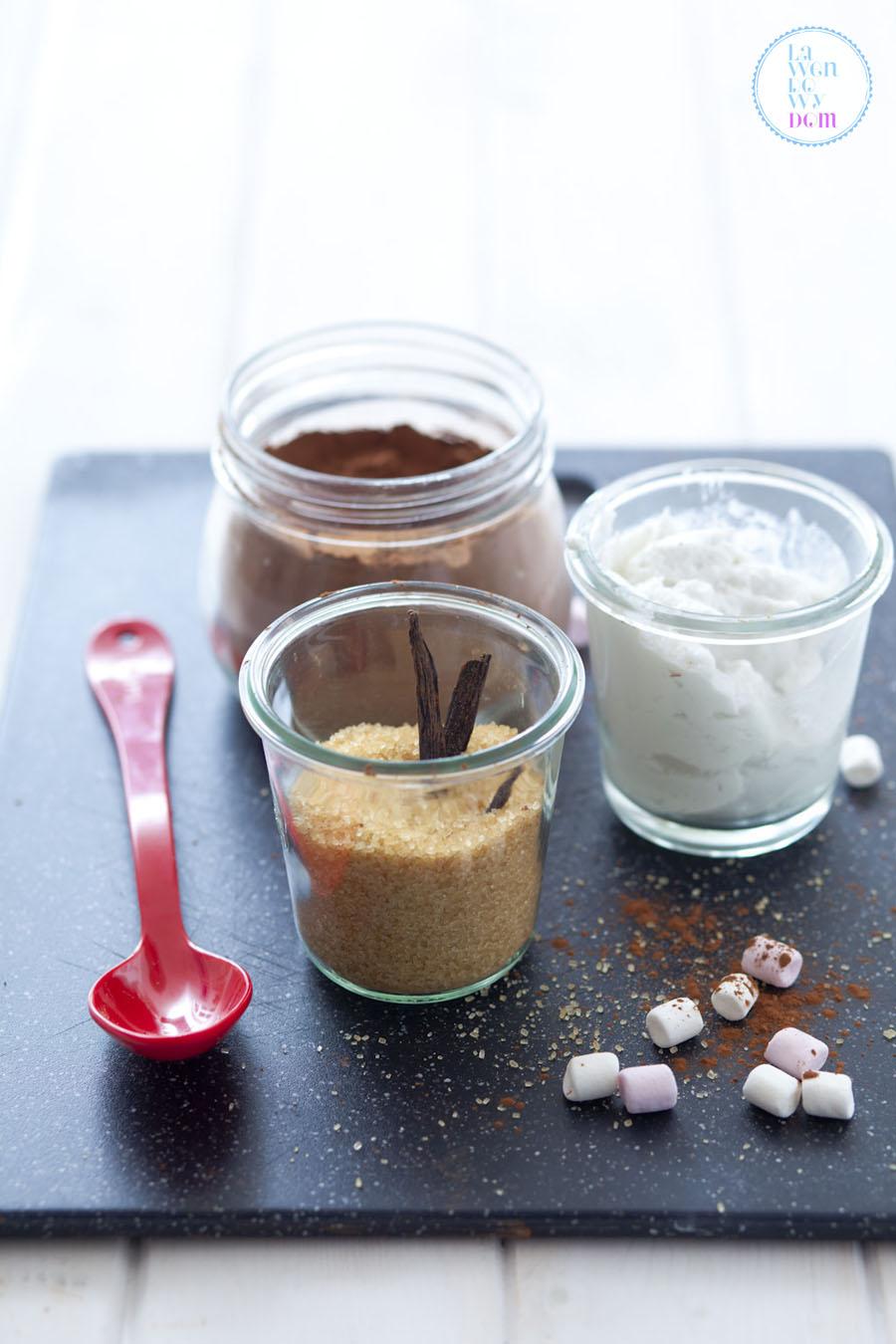 goraca-czekolada-na-mleku-kokosowym-przepis_06