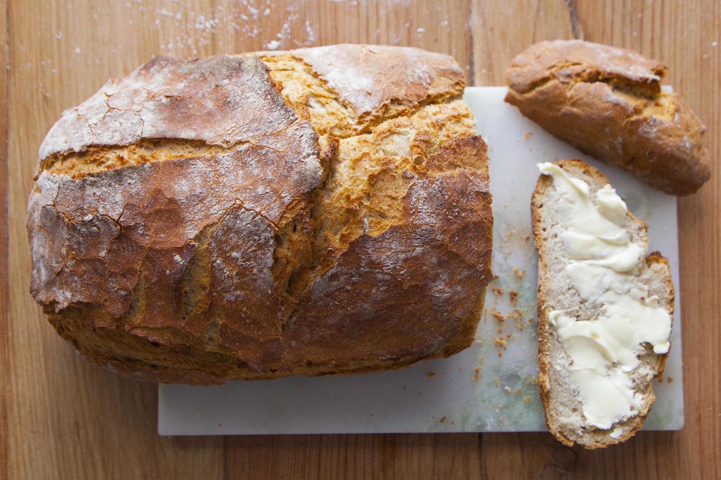 Bardzo prosty chleb nocny na drożdżach