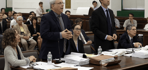 Court Room Lawyers argument