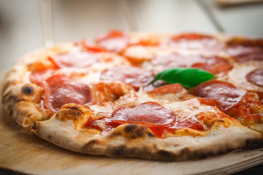 pizza-1344720_1920.jpg