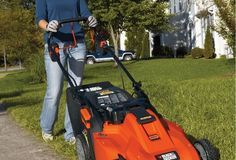 Best Cordless Lawnmowers: 2017 Reviews & Buying Guide