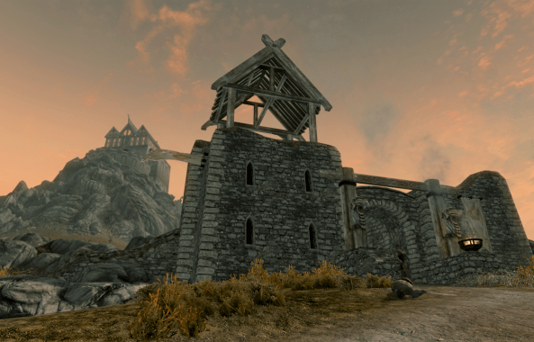 Pic of Whitewatch Tower and Dragonsreach in Skyrim